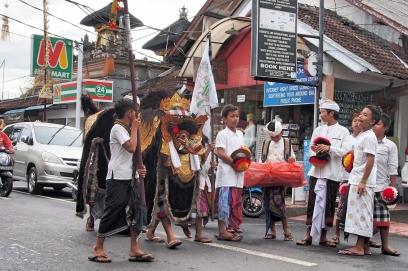 A Barong boys troupe