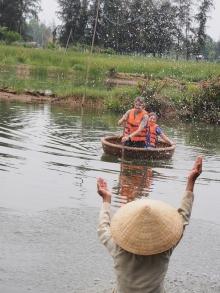 a basket boat paddling lesson